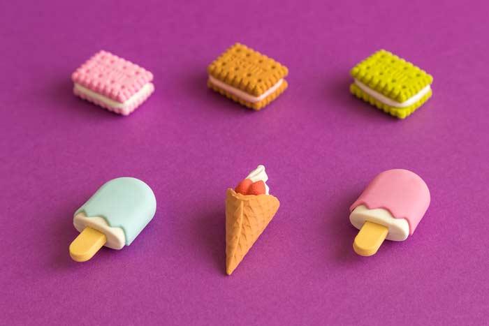 Eis und Kekse als Kinderspielzeug (depositphotos.com)